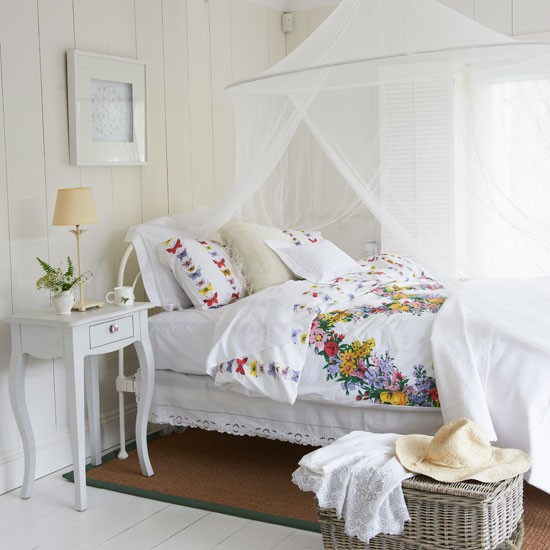 White country bedroom bedroom decorating idea for White country bedroom