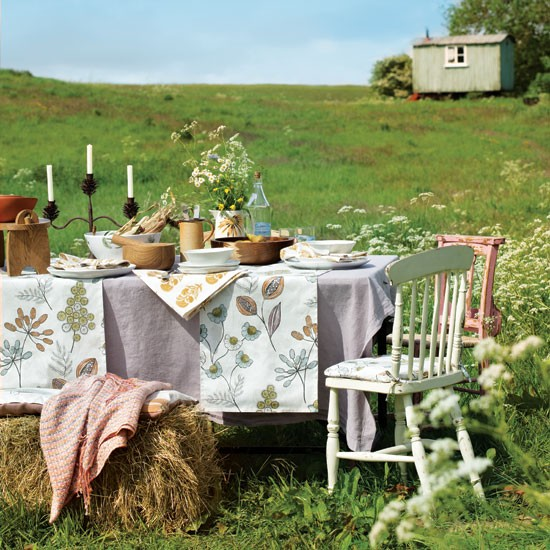 Country harvest table | Summer garden idea | Garden entertaining | Image | Housetohome