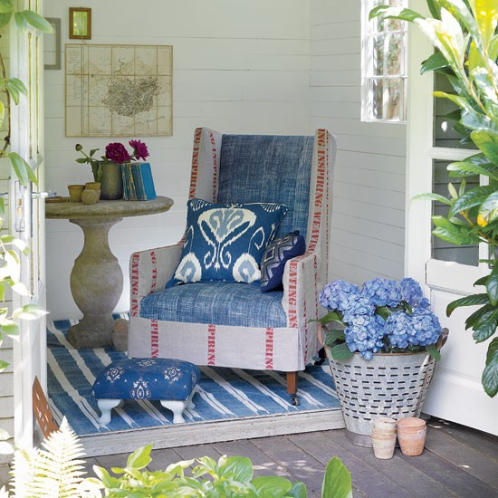 Garden summerhouse with armchair | Outdoor living | Garden | Design | PHOTO GALLERY | Housetohome.co.uk