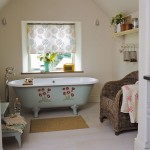 Cheerful country bathroom | Country bathroom idea | Bathroom decorating | Image | Housetohome