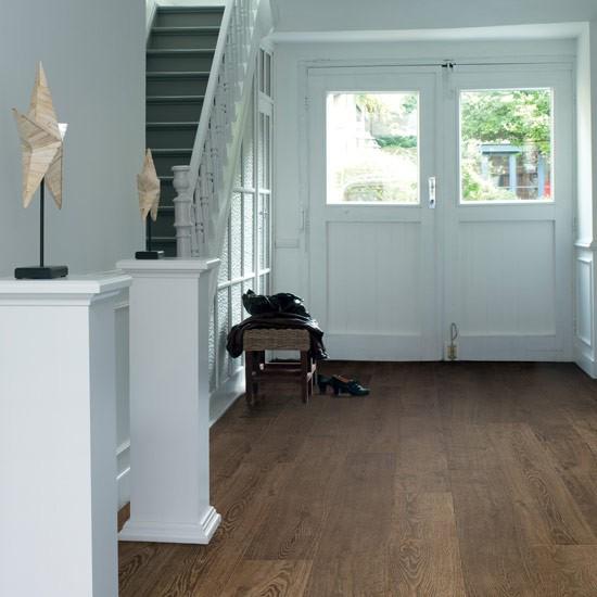 Laminate Flooring: Hallway Laminate Flooring