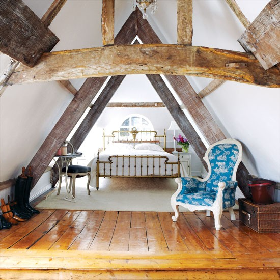 Attic bedroom bedroom decorating idea for Attic bedroom ideas