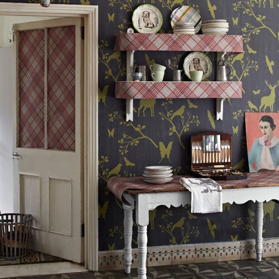 Get your wallpaper questions answered by Melanie Adams of Wallpaperdirect.co.uk