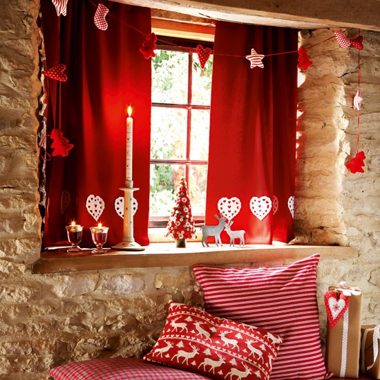 Make felt curtains | Handmade Christmas decorating ideas | Christmas crafts | Christmas | PHOTO GALLERY | Country Homes & Interiors | Housetohome