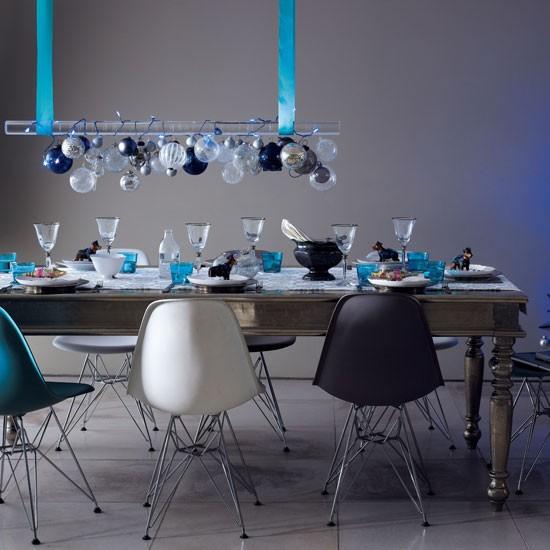 Hang a centrepiece above table magical modern