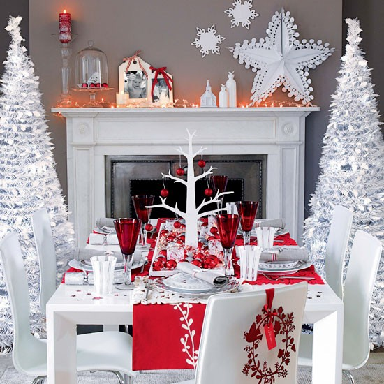 Winter wonderland dining room | Christmas dining room decorating ideas | Christmas looks | Christmas | PHOTO GALLERY | Ideal Home | Housetohome