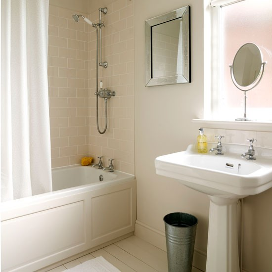 Bathroom christmas 1930s detached home house tour for Bathroom ideas 1930s semi