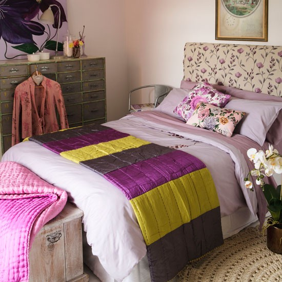 create a colourful bedroom scheme cosy country bedrooms