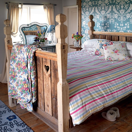 Create a rustic bedroom retreat | Cosy country bedrooms ...