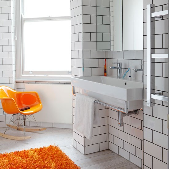 Bathroom | Take a tour around a family-friendly mansion flat | House tour | PHOTO GALLERY | Livingetc