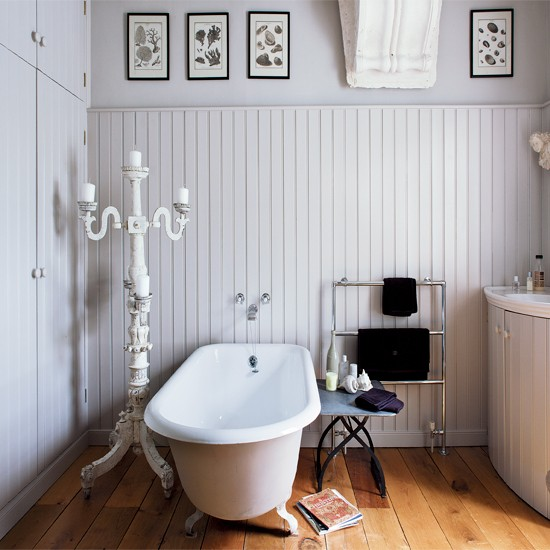 Traditional white bathroom with shellwork | Bathroom decorating ideas | Bathroom | Image | Housetohome.co.uk