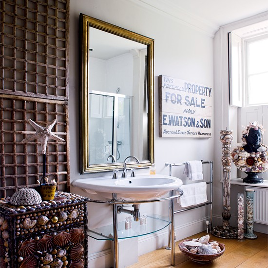 Neutral seaside bathroom | Shellwork | Bathroom decorating ideas | Bathroom | Image | Housetohome.co.uk