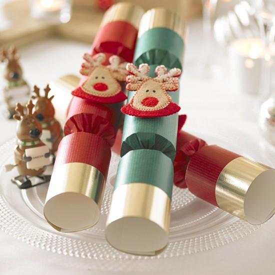 many american christmas traditions trace back to england like the main staples of decorating your home putting up a tree exchanging presents and having a - British Christmas Crackers