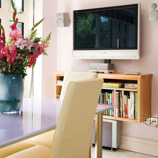 Flatscreen television | Take a tour around this feminine lilac kitchen | | Reader kitchen | PHOTO GALLERY | Beautiful Kitchens