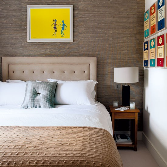 Neutral guest bedroom with artwork | Neutral guest bedroom | Guest bedroom | Bedroom decorating ideas | Homes & Gardens | IMAGE | Housetohome.co.uk