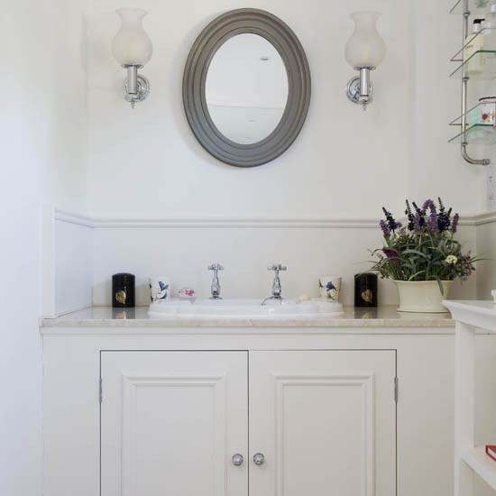 Bathroom country house tour 25 beautiful homes for Water resistant wainscoting for bathroom