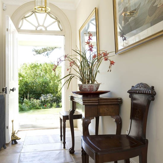 Entrance hall country house tour 25 beautiful homes for Beautiful home decor