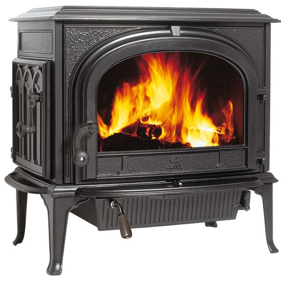 F500 stove from Jøtul | Woodburning stoves | country | PHOTO GALLERY |Country Homes & Interiors