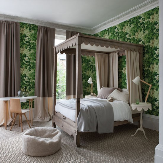 Forest green bedroom with four-poster bed | Bedroom decorating ideas | Bedroom | Homes & Gardens | IMAGE | Housethome.co.uk