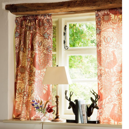 Dress A Cottage Window Dress And Decorate Country Windows 10 Of The Best