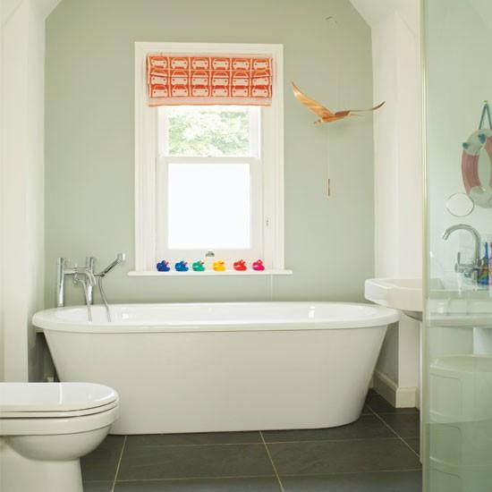 Relaxed modern bathroom bathroom decorating ideas for Eurotrend bathrooms