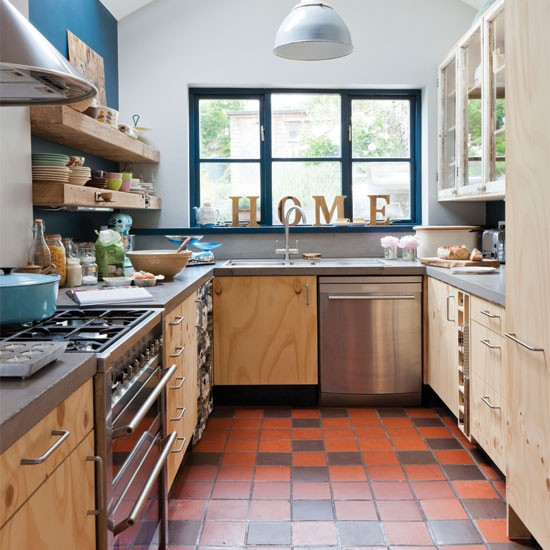Bespoke wood kitchen | Kitchen decorating ideas | Kitchen | Beautiful Kitchens | IMAGE | Housetohome.co.uk