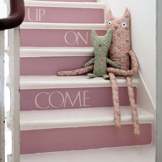 Paint the stairs decorate with paint 10 country style - Painted stairs ideas pictures ...