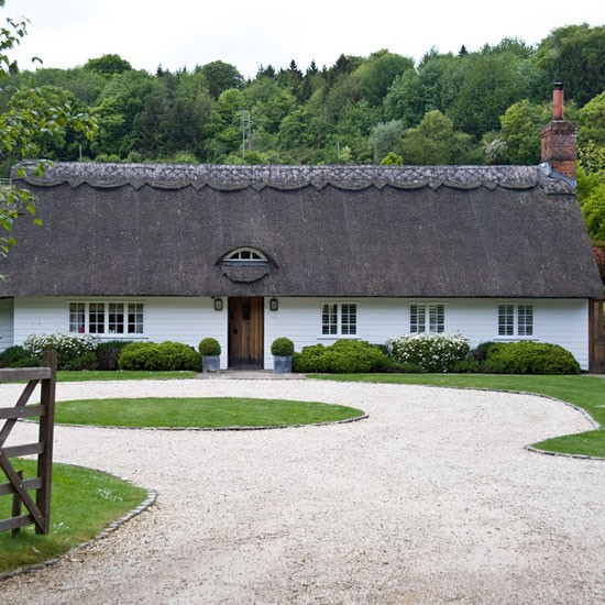 Exterior | Buckinghamshire cottage | House tour | PHOTO GALLERY | Country Homes & Interiors | Housetohome.co.uk