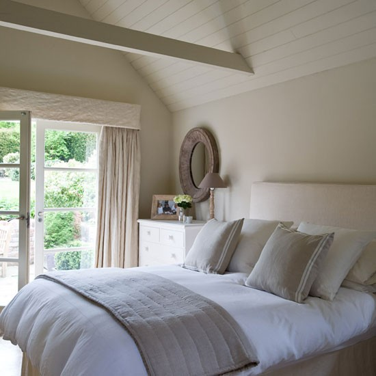Guest bedroom be inspired by a buckinghamshire cottage for Flamant interieur