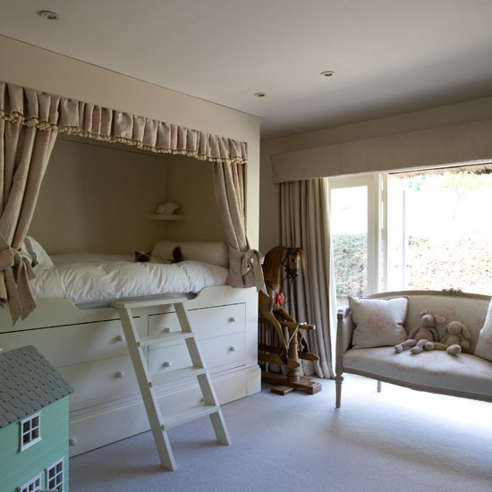 Child's bedroom | Buckinghamshire cottage | House tour | PHOTO GALLERY | Country Homes & Interiors | Housetohome.co.uk