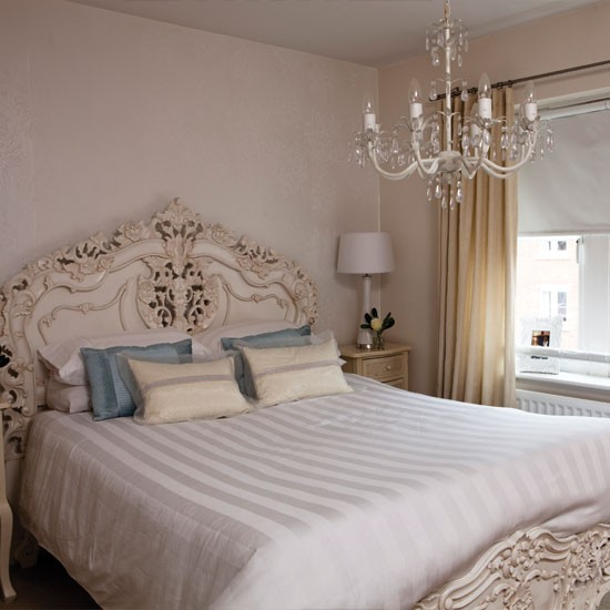 White romantic bedroom