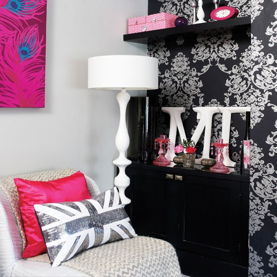 Pink and Black Teenage Girl Bedroom Ideas