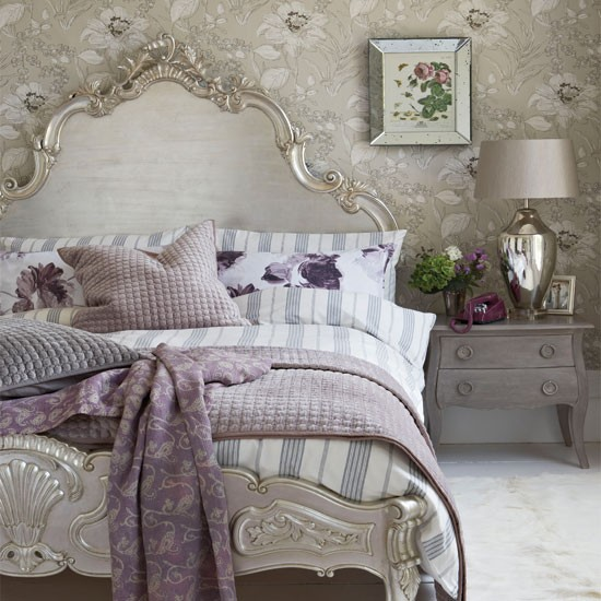 Glamorous silver bedroom | Bedroom decorating ideas | Bedroom | Country Homes & Interiors | IMAGE | Housetohome.co.uk