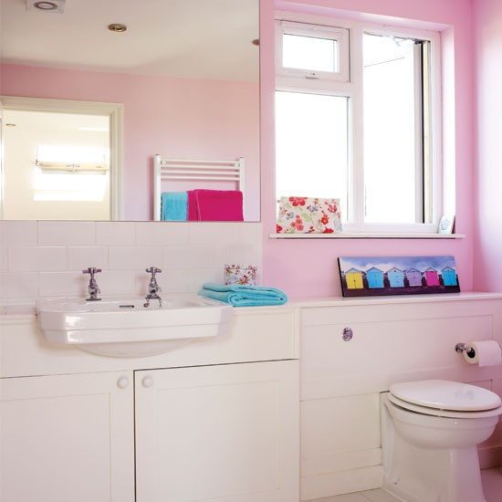 Modern pink bathroom | Bathroom decorating ideas | Bathroom | Style At Home | IMAGE | Housetohome.co.uk