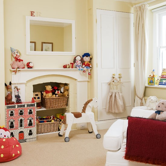Elegant Bedroom With Traditional Toys Girls 39 Bedrooms