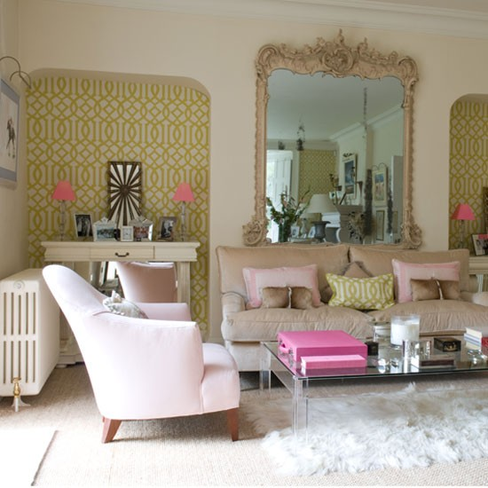 Symmetrical design clever designs for alcoves - Living room feature wallpaper ideas ...
