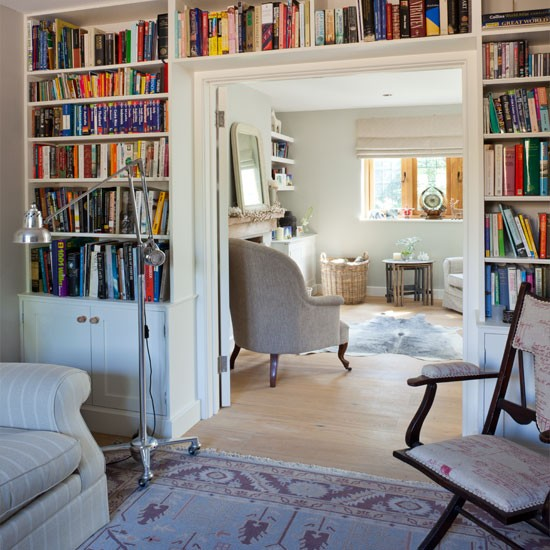 Living room with built-in bookcase | Living room | Homes & Gardens