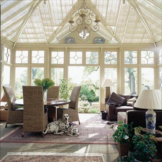 Luminoso jardim de Inverno grande com assentos e área de jantar | Sala Garden | Laranjal | Espaço Multi-purpose | Idéias de decoração | Housetohome | GALERIA DE FOTOS