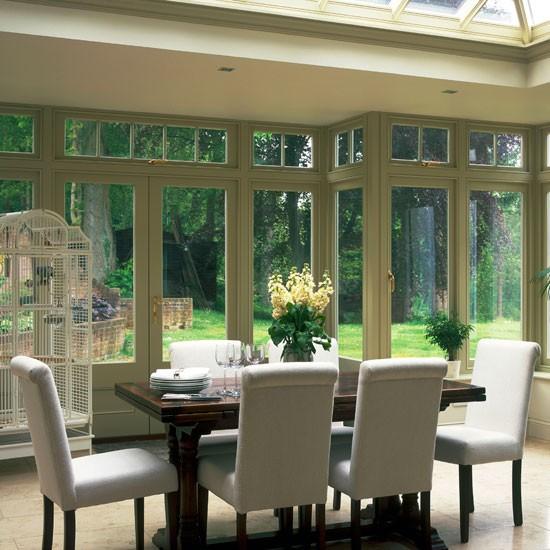 Neutra pintado conservatório sala de jantar clássico com vista jardim | Sala Garden | Laranjal | Idéias de decoração | Housetohome | GALERIA DE FOTOS