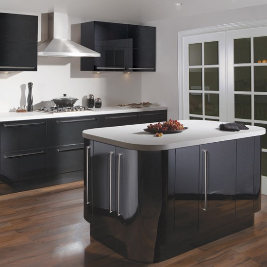 glossy black kitchen from tesco budget kitchens 10 of