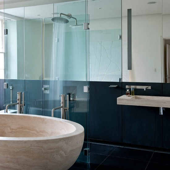 Statement bath | Bathroom design ideas | Bathrooom | PHOTO GALLERY | Livingetc