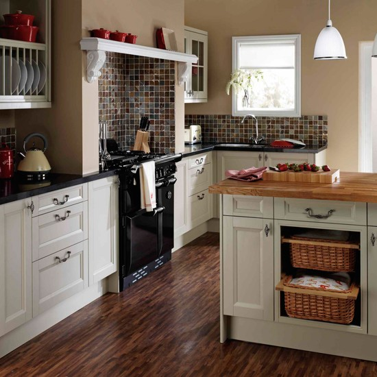Windsor kitchen from homebase budget kitchens 10 of for Who makes the best kitchens