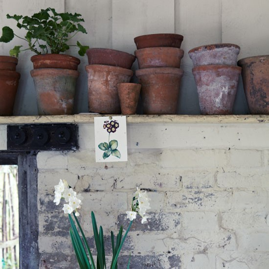 Terracotta pots and a botanical print postcard | Design ideas | Housetohome | PHOTOGALLERY