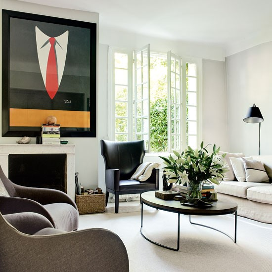 1930s Canvas And Sculptural Seating Accessorise This Clean Minimal
