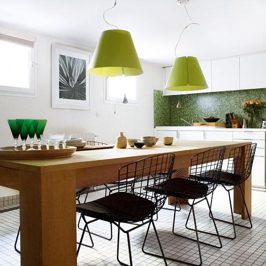 Retro Modern-style White Kitchen