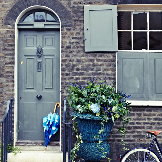 Blue front door and shutters with cobalt accessories | Design ideas | Housetohome | PHOTOGALLERY
