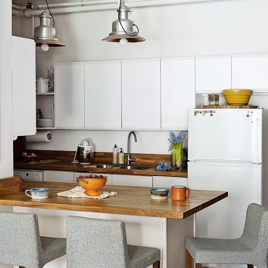 Take A Tour Around A New York Loft Apartment