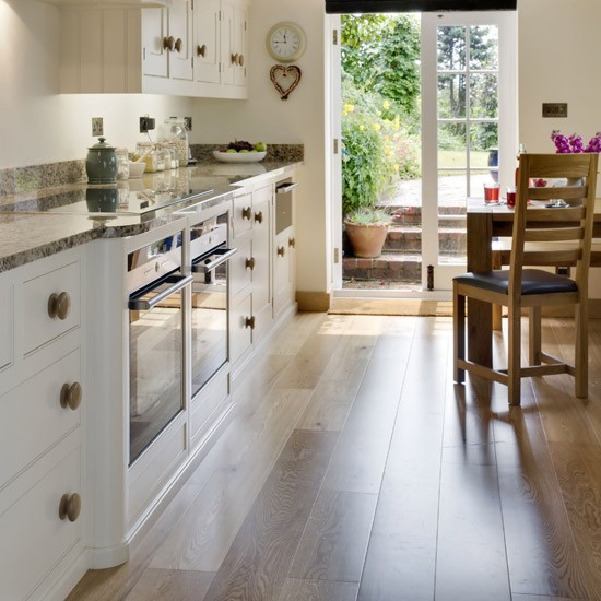 Update your kitchen floor update your kitchen on a for Kitchen flooring ideas uk