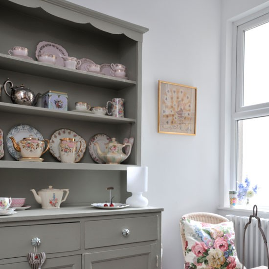 Vintage crockery on painted dresser | easy decorating ideas | design ideas small homes | PHOTO GALLERY | Style at Home | Housetohome