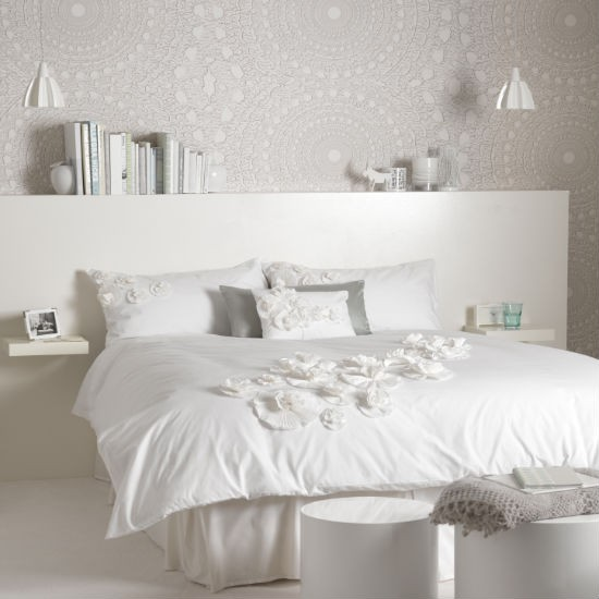 Slaapkamer Beige Wit: White bedroom decorating ideas. How do curtains ...